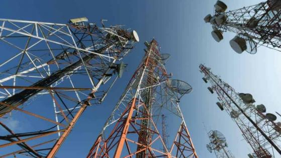 Long-Term Stock Investing in Canada's Telecom Sector